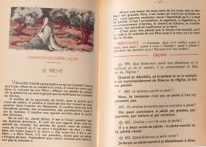 Catéchisme à l'usage des diocèses de France (1947), refonte du précédent catéchisme national de 1937. Il est divisé en trois parties: «Les vérités que Jésus-Christ nous a enseignées»; «Les secours que Jésus-Christ nous a préparés»; «Les commandements que Jésus-Christ nous a donnés». Il contient en outre une leçon préparatoire sur «Le chrétien catholique», et une leçon supplémentaire sur «La journée du chrétien». Ses dernières pages sont consacrées à «La sainte messe». Le texte ci-dessus est tiré de la troisième partie.